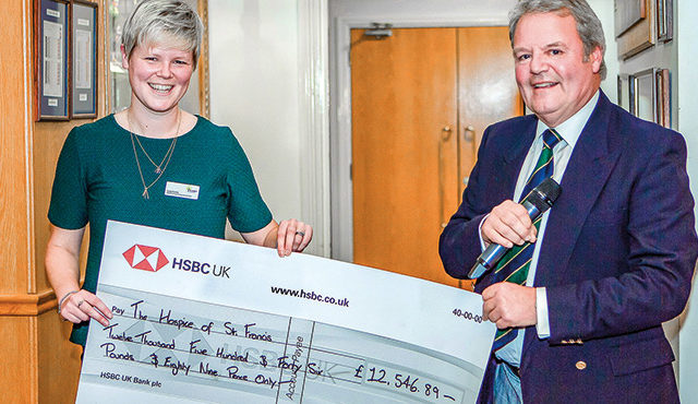 GOLF CLUB RAISE OVER £12K FOR HOSPICE