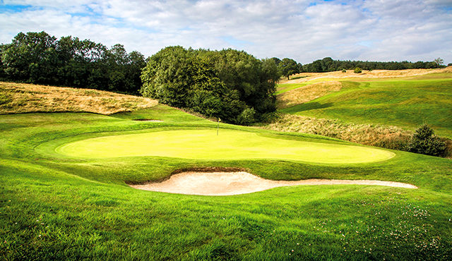 Experience the best of leading UK golf resorts this summer
