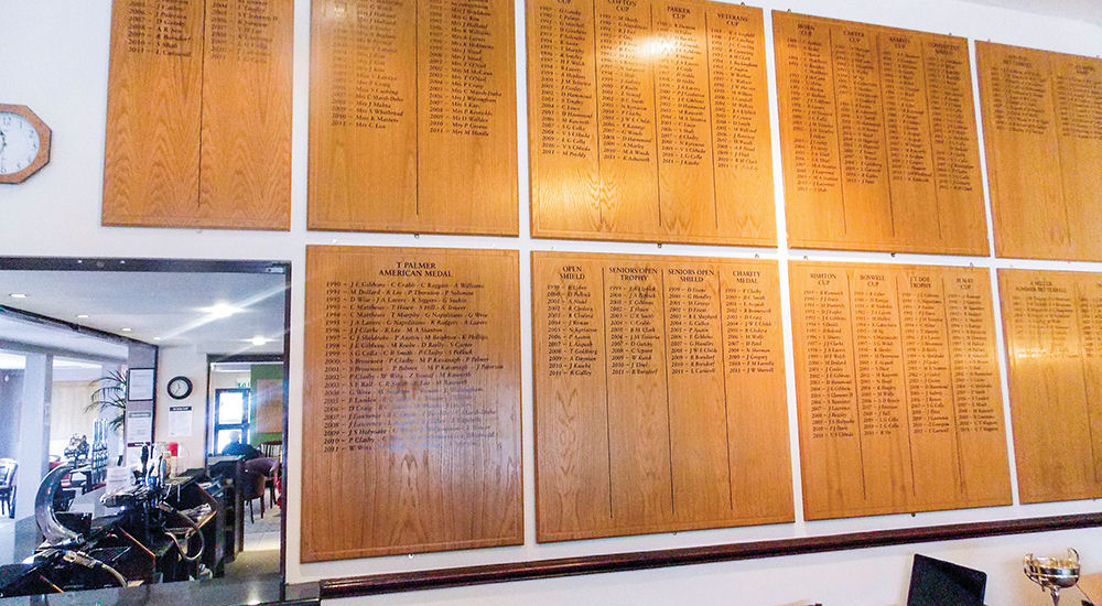 The decision by Hillingdon Council to remove honours boards from Haste Hill Golf Club has prompted anger among club members.