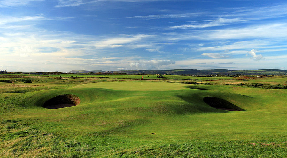 A study conducted by a golf course review website and community has revealed that Wales offers the best value-for-money green fees in Europe.