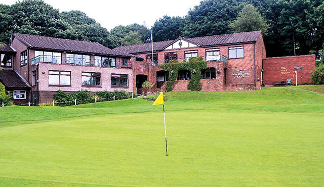 Mellor Golf Club was founded in 1894 on land owned by famous industrialist Samuel Oldknow, which became part of the Arkwright estate.