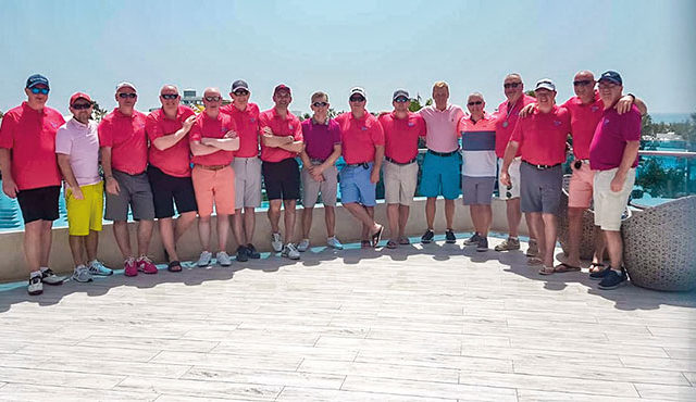 Golf pals 'overwhelmed' with top Group award